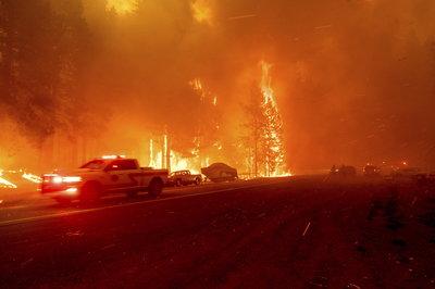 Hatalmas erdőtüzek Kaliforniában - galéria