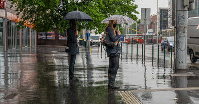 Lecsapott a vihar, kevés olyan kerület van, ahol ne szakadna az eső