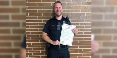 A Facebook megtagadta, hogy egy hős rendőr kitüntetését hirdessék az oldalon