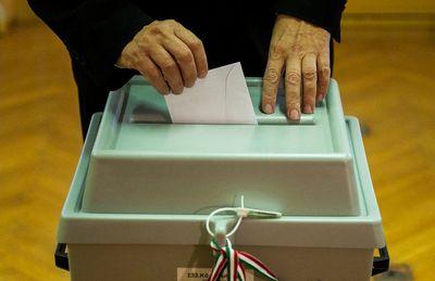 Egy időben lehet népszavazás az országgyűlési választásokkal