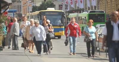 Mire lesz elég a buszvezetők bére?