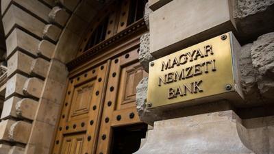 Moratórium: 20-25 milliárdot fizethetnek vissza a bankok