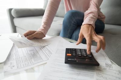 Fontos részletek derültek ki a hitelmoratóriumról, 20-25 milliárdot fizethetnek vissza a bankok