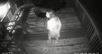 Sokkoló felvétel, bepánikolt a házaspár, ez történt a házuk előtt az éjszaka közepén – Videó!