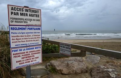 Kilenc ember fulladt a tengerbe különböző francia partoknál