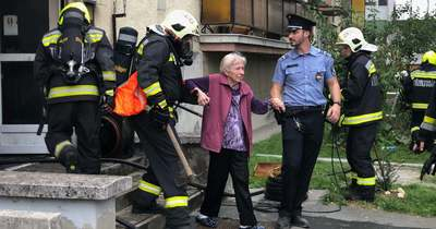 Társasház pincéjében keletkezett tűz Zalaegerszegen, elkezdték a kiürítését