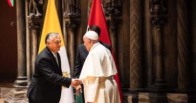 Ferenc pápa ígéretet tett Orbán Viktornak, és az unióról is elmondta a véleményét