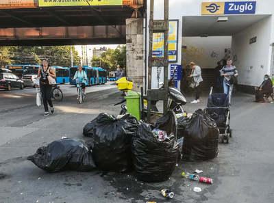 Megdöbbentő fotók: Elképesztő állapotok uralkodnak Zugló utcáin