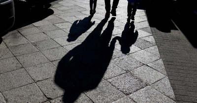 Gyomorforgató kegyetlenség: megerőszakolt majd megfojtott két 10 éves kislányt egy férfi