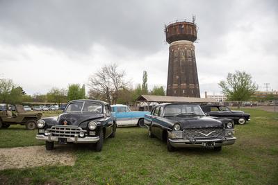 Csodás régi autókat állítanak ki Budapesten