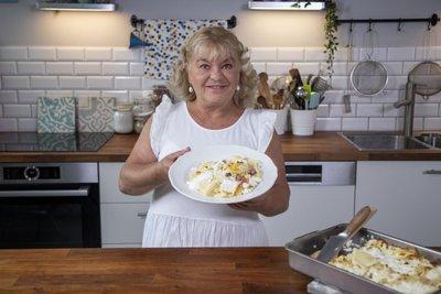 Celebek házias konyhája: Oszvald Marika túrós csuszája után mind a tíz ujjad megnyalod