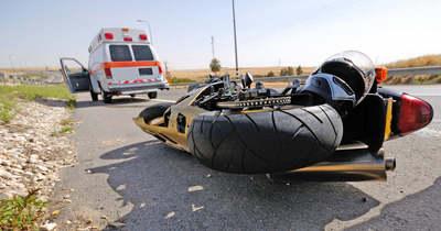 Motorbaleset történt a Nagykozári elágazásnál