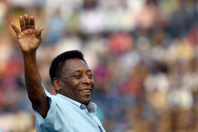 Rossz hír Pelé állapotáról: visszakerült az intenzív osztályra