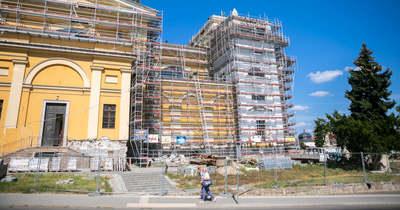 Gőzerővel halad az egri bazilika felújítása – Fotó