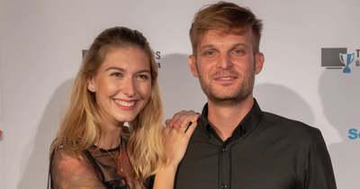 Meglepő videó Puskás Peti és Dallos Bogi titkos esküvőjéről – Bagi Iván hozta nyilvánosságra