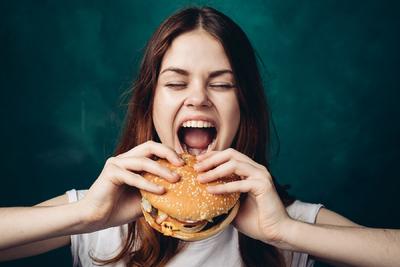 Kiszámolták, hogy melyik országban kerül a legtöbbe az ismert gyorsétteremláncnál étkezni