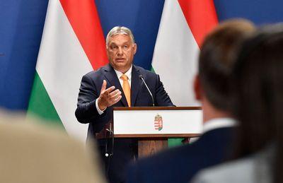Orbán Viktor: az egész EU szégyene, hogy hamis állítások szolgálnak uniós jogi eljárások alapjaiként