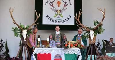 A halasi sóstón ünnepeltek a Bács-Kiskun megyei vadászok és horgászok