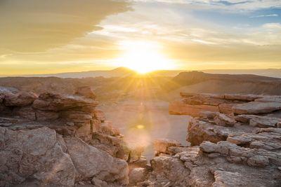 Naptűzhelyeken sütnek a sivatagi szakácsok a világ legszárazabb helyén
