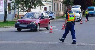 Két autó ütközött össze Szentesen – Galéria