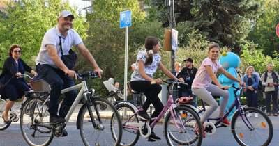 Kecskeméten is felvonultak a kerékpárosok az Autómentes napon