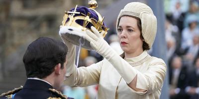 Halott apjának ajánlotta Emmy-díját A korona színésznője