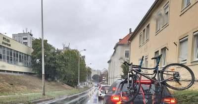 Újabb gázolás történt egy zebrán Pécsen hétfő reggel