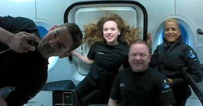 Min játsszon a világűrben? Ukulelén pengetett Chris Sembroski (videó)