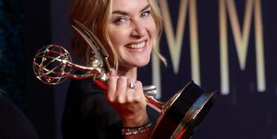 Díjeső A koronának: a 73. Emmy-gála képekben
