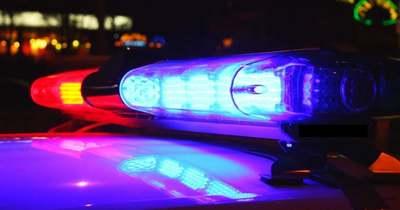 Halálra gázoltak egy fiatalt Szárligetnél, aki az 1-es út közepén sétált