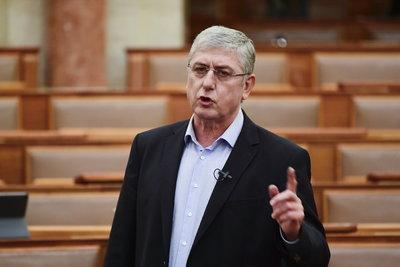 Gyurcsány Ferenc gyalázkodott egyet, majd kimenekült a Parlamentből