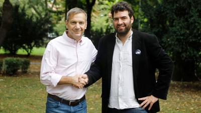 Lefeküdt az IMF-nek, elvette a 13. havi nyugdíjat, Jámbor András mégis köszöni Bajnai támogatását
