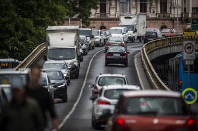Meghökkentő, mit képzelnek magukról a magyarok, amikor autóba ülnek