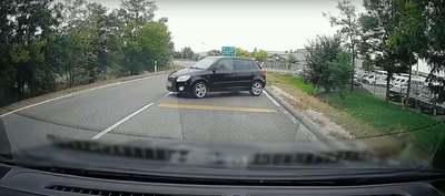 Bénázás a köbön: ettől az autóstól nem kell elvenni a jogsit, mert tuti nincs neki – videó