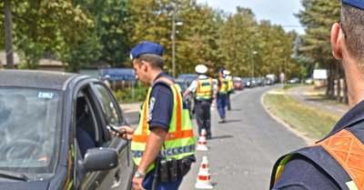 Nem jogsi kell a vezetéshez, hanem autó: így bukott le a sorozatos visszaeső
