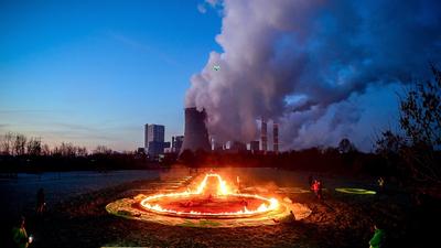 Fejvesztve másolja a magyar rezsicsökkentést Európa: már gyárak állnak le az energiaválság miatt