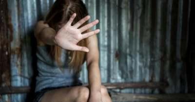 Az utcán molesztált fiatal lányokat egy férfi a szomszédos megyében
