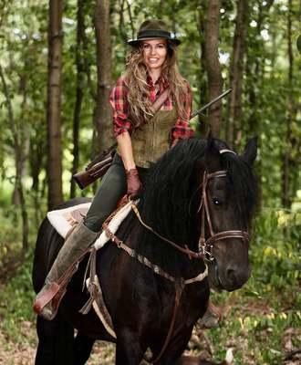 Lipp Adrienn, a leghíresebb magyar vadásznő: Mérhetetlen tiszteletre és alázatra tanít a természet