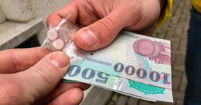Elítélték a drogkereskedőt, aki Szombathelyen és Sárváron terített