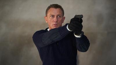 Daniel Craig az új Bond-film elhalasztásával viccelődik - videó
