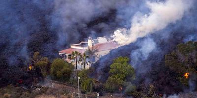 Borzalmas pusztítást végez a La Palma szigetén kitört vulkán: a forró lávafolyam elérte a lakóházakat - Galéria