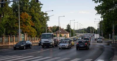 ÚtON: Mindkét szegedi híd dugig van járművel
