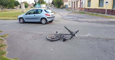 A bringás nem vette figyelembe a táblát, elütötték