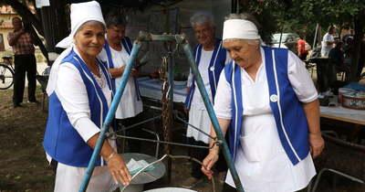 Remekeltek a töltött káposzta főzők Tasson