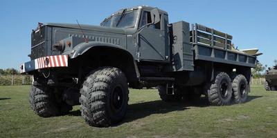 Beindítottak egy 15 ezer köbcentis, magyar teherautó-szörnyeteget, ilyen már nem lesz többé