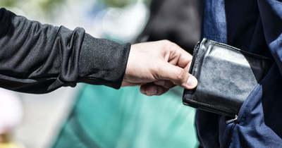 Az egri autóbuszállomáson lopott pénztárcát a besenyőtelki férfi