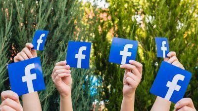 Keresztbe tett az Apple a Facebooknak