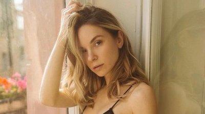 Átlátszó fehérneműben mutogatja csodás melleit a szexi Onlyfans-modell, szomszédjai megőrülnek – 18+ fotó