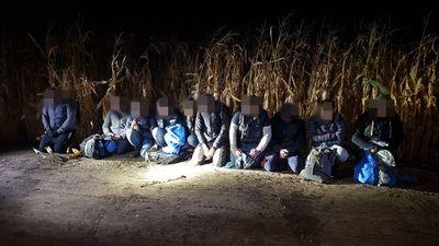 Nem kímélték a határsértő bevándorlók a rend őreit