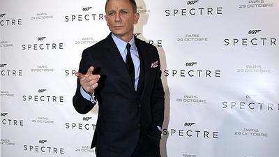 Daniel Craig ugyanazt a rangot kapja, mint James Bond